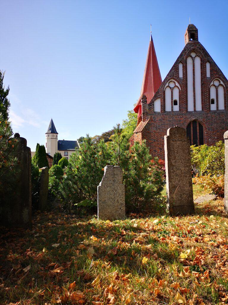 Kirche in Altefaehr