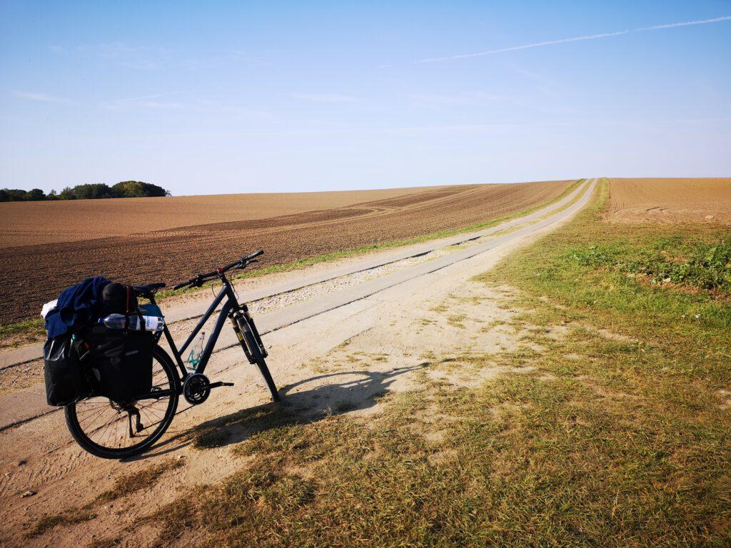 Plattenwege Radweg Ruegen Rundweg Dranske nach Vitt
