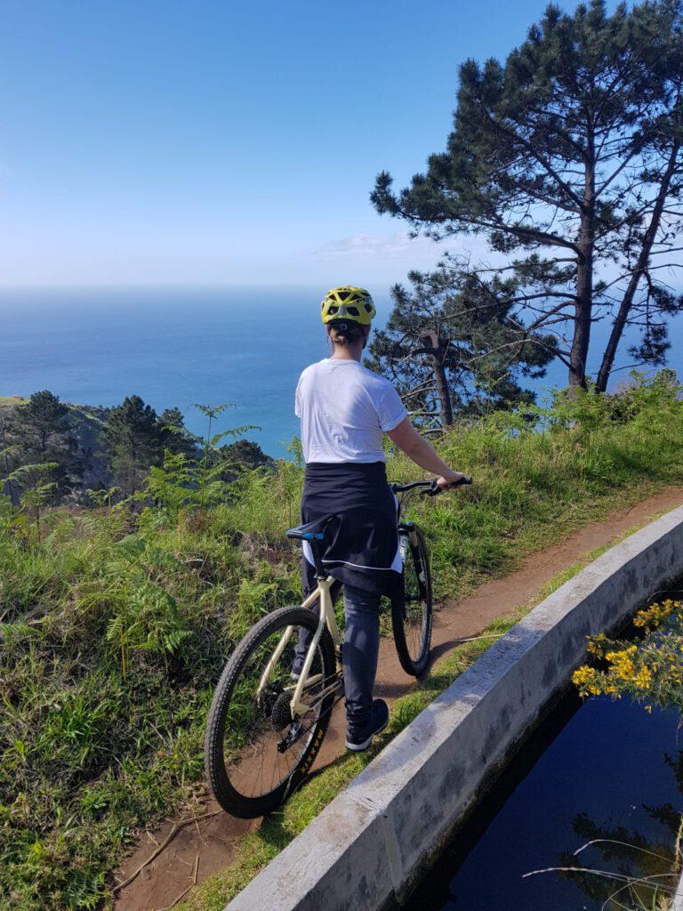 Fahrrad fahren auf Madeira Ausblick bei der Radtour